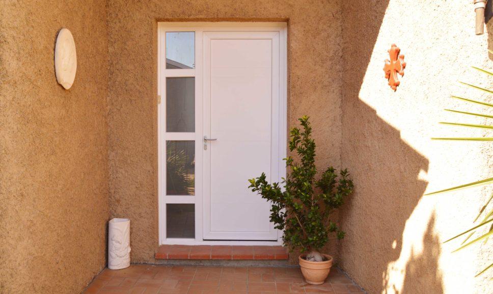Installateur de porte d'entrée