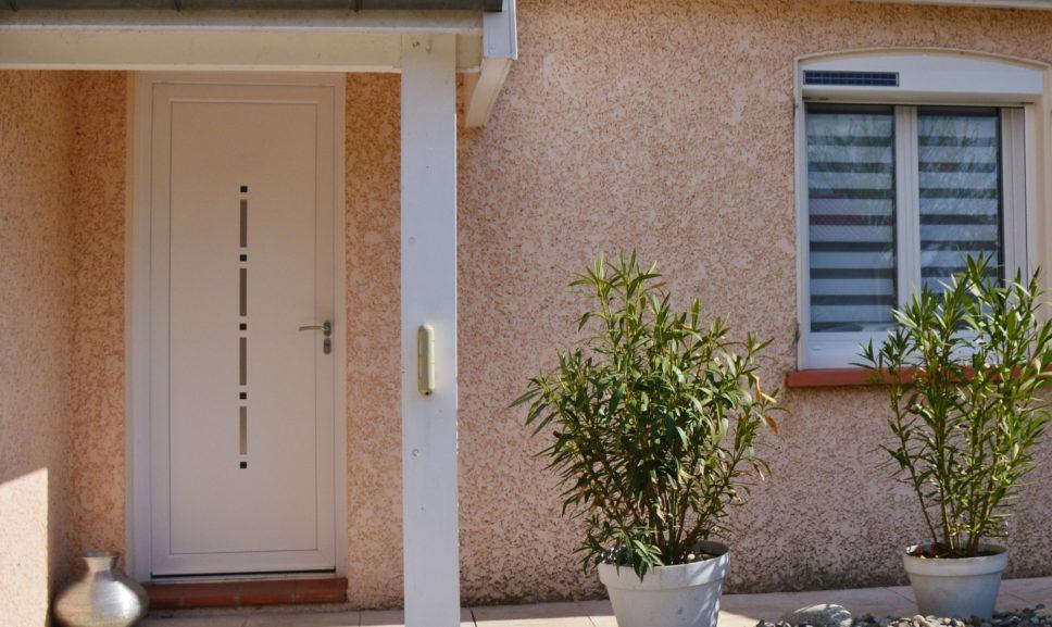 Magasin de portes d'entrée à Seilh